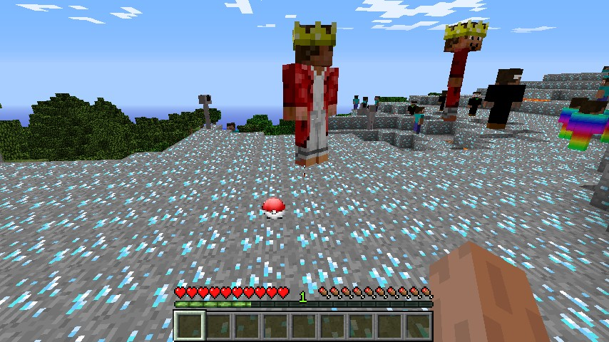http://minecraft-forum.net/wp-content/uploads/2013/01/8e450__Pokeball-Mod-3.jpg