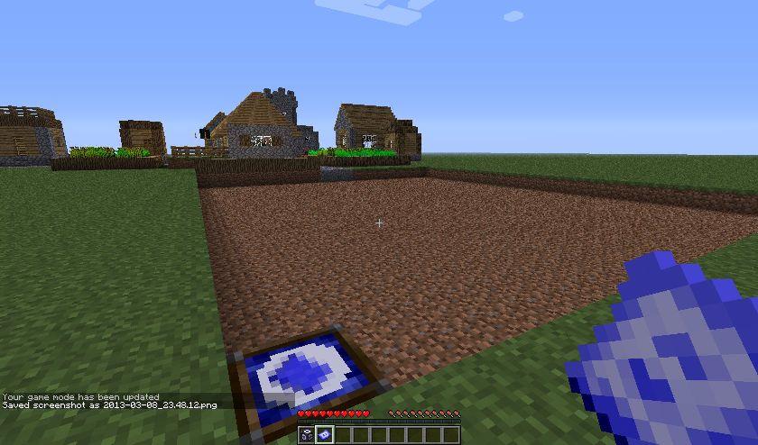 http://minecraft-forum.net/wp-content/uploads/2013/03/fa0ad__Travelling-House-Mod-3.jpg