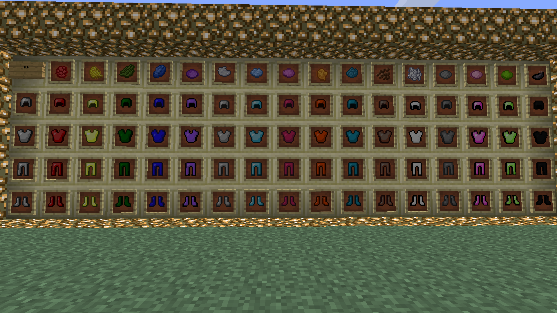 http://minecraft-forum.net/wp-content/uploads/2013/05/2adcf__Colorful-Armor-Mod-2.png