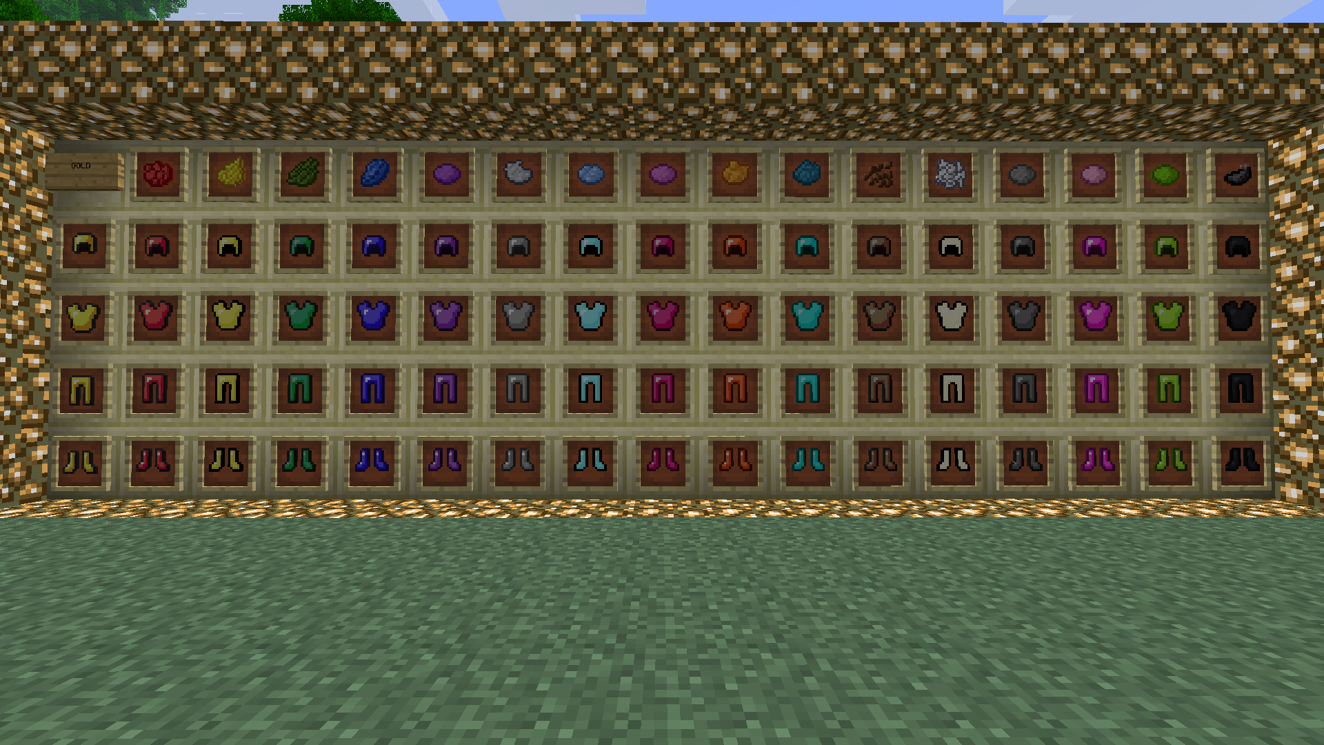 http://minecraft-forum.net/wp-content/uploads/2013/05/fe732__Colorful-Armor-Mod-3.png